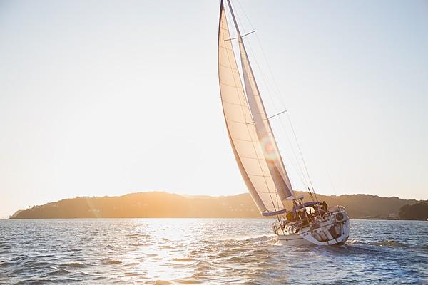 島嶼巡禮~快艇包船體驗