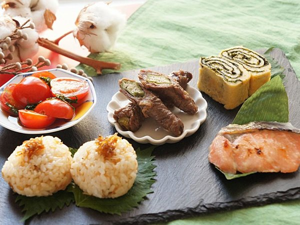 Traditional Japanese Cuisine with Chefs