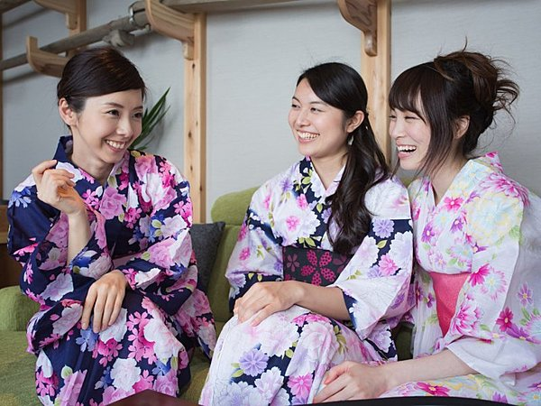 Kyoto Cultural Experience (Traditional Townhouse+Kimono Rental)