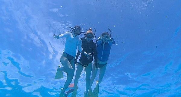 Boat snorkeling the ocean world around Aka Island in Okinawa!