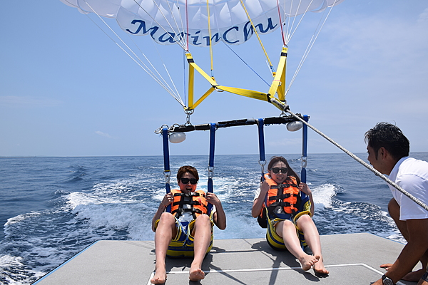 Parasailing from Naha: The equivalent of a 20-story building! General Intermediate Course [100m]