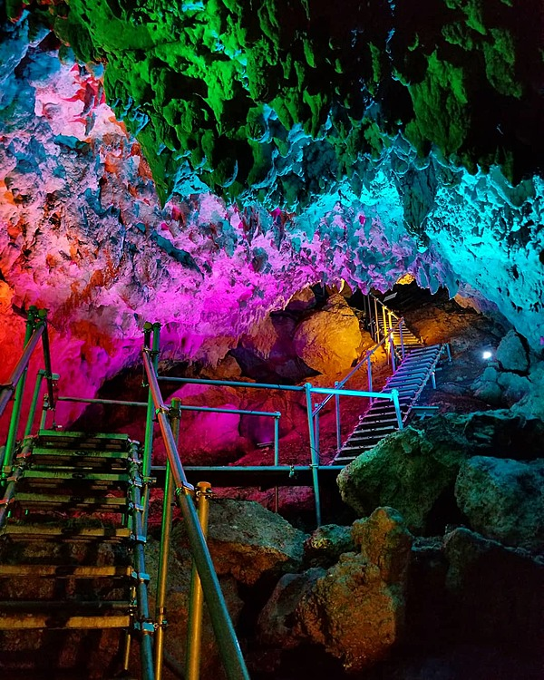 CAVE OKINAWA: A mysterious limestone cave that anyone can enter!