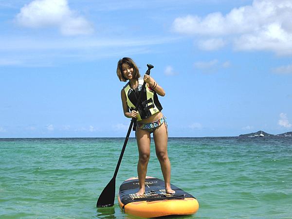 「沖繩、SUP」由那霸機場開車只要30分鐘!在西原閃耀海灘體驗槳板的樂趣。