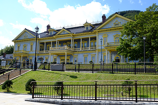 Dacha in Hakodate: Strolling the streets of hidden local spots with the owner of an old house cafe