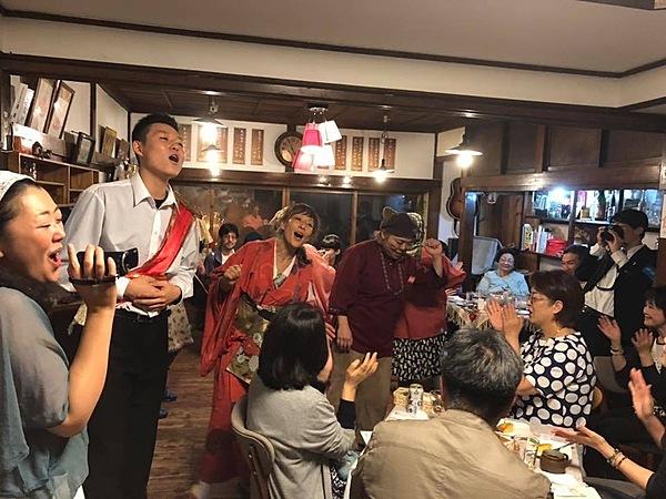 在當地亦造成盛況 於古民宅咖啡廳愜意享用文化交流下的特別晚餐