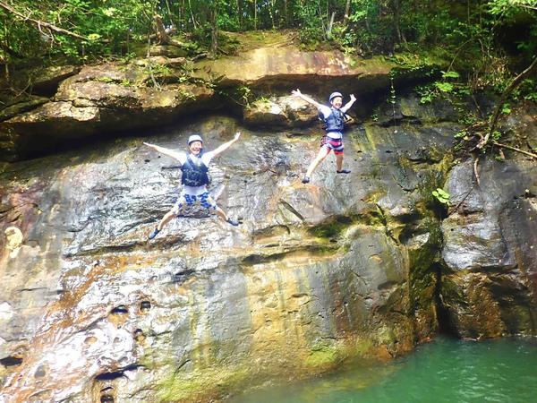 【西表島】跳入河川享受大自然的戶外運動!溪降體驗!