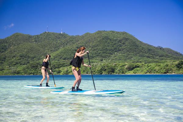 【石垣島】獲世界認可的「川平灣」划艇之旅!體驗全新感覺的SUP立式槳板or加式獨木舟