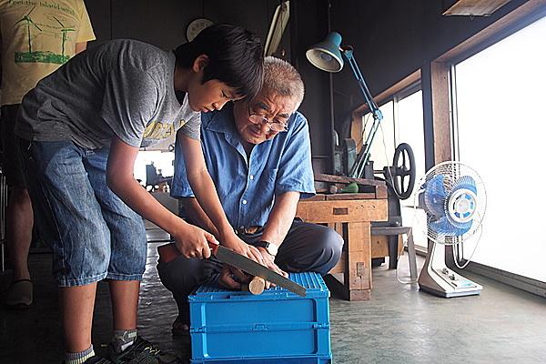 日本の伝統・名品を知る、触れる。最後の信州のこぎり職人の工場体験