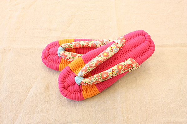 JonoJono Cloth Sandals Lesson