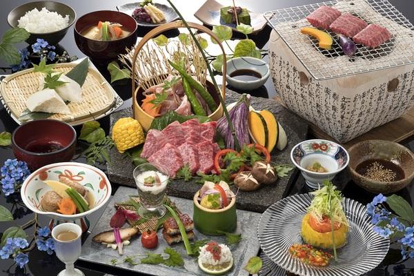 【御宿 八遇來】附即日來回溫泉的極品炭烤午餐方案