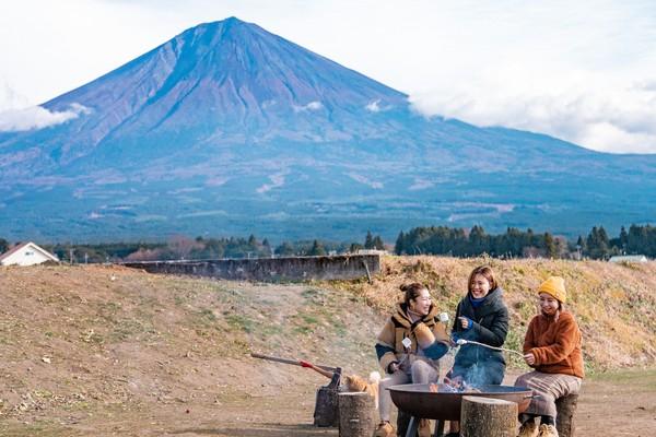 【土日祝】富士山の自然と里山の息吹を体感するグランピング