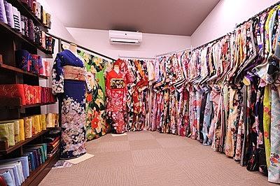 Kimonos are the way to go! Arashiyama Walking Plan
