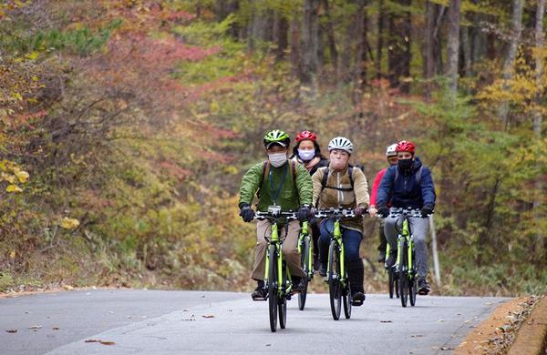 電動アシスト自転車で巡る!八ヶ岳山麓Eバイクポタリングツアー