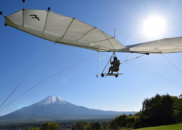 【トーイングハンググライダー】富士山をのぞみながら、安心して飛行体験!