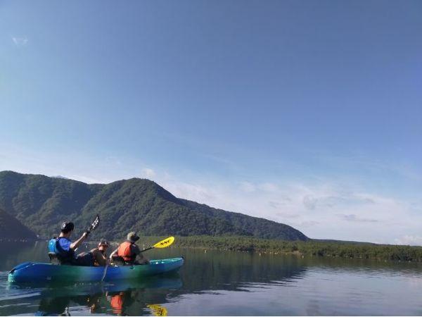 自然の宝庫と静かな西湖でカヤック体験