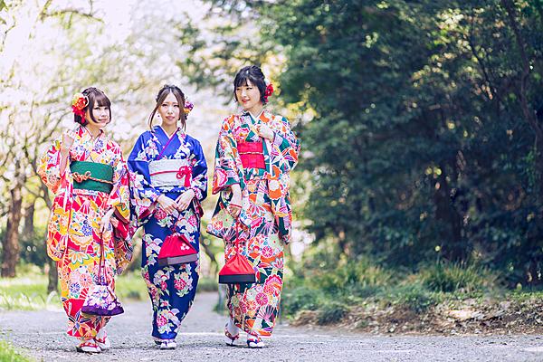 [Akihabara Kimono Rental] Akihabara is close to Chidorigafuchi and Tokyo Dome, and is within walking distance of Kanda Myoujin Shrine.