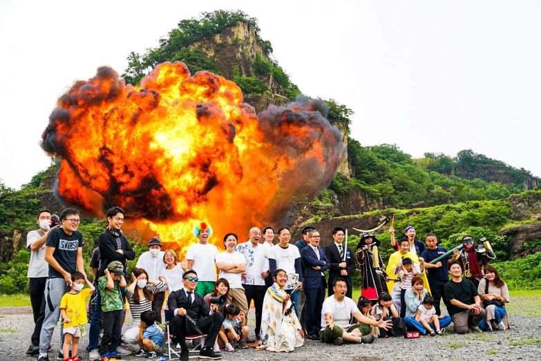 大迫力の爆破シーンを撮影!岩船爆破体験ツアーの魅力を徹底レポートします!