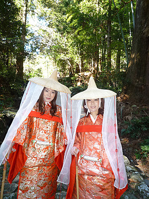 Heian Costume Experience (1 Hour Model Course)